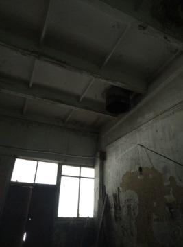 Частина нежитлового приміщення, площею 27.75 кв. м